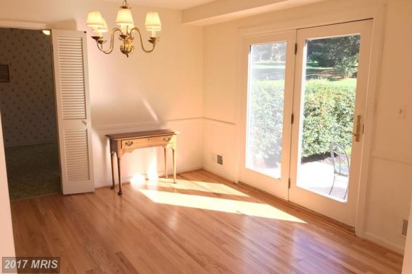 Dining room to rear patio