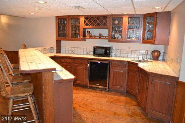 Lower Level 5 with wet bar